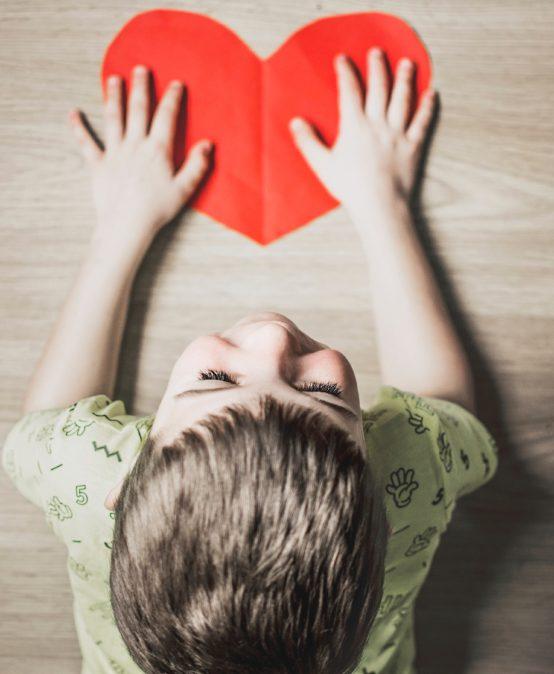 Δράσεις ενημέρωσης και στήριξης της οικογένειας ατόμων με αυτισμό και των επαγγελματιών